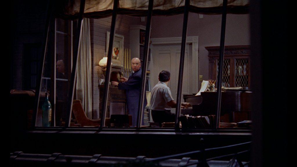 Alfred Hitchcock Arka Pencere Cameosu